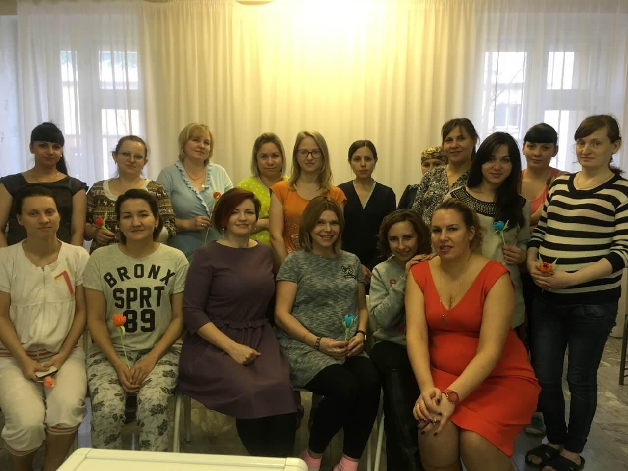 «Молодая семья» посетили будущих мам в БУ «Югорская городская больница»