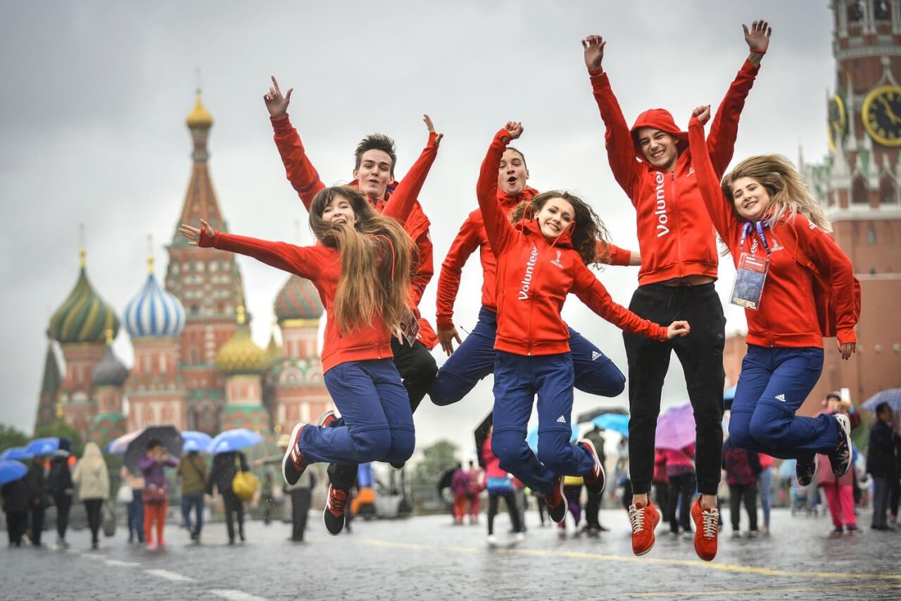 Подписан закон о молодёжной политике в РФ